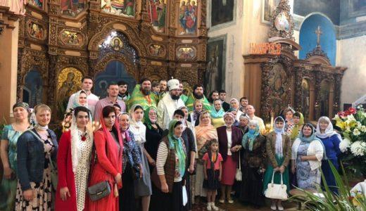 Ректор КДАіС звершив Літургію у нашому храмі у День Святого Духа